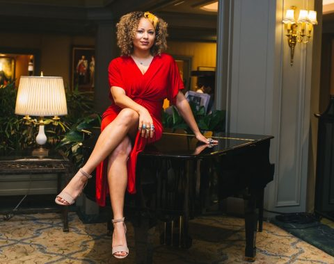 The Songbird of New Orleans Robin Barnes headlines in Polo Club Lounge every Friday and Saturday night